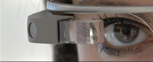 Voir le test en français des lunettes de Google pour photographier et faire des vidéos et plus!