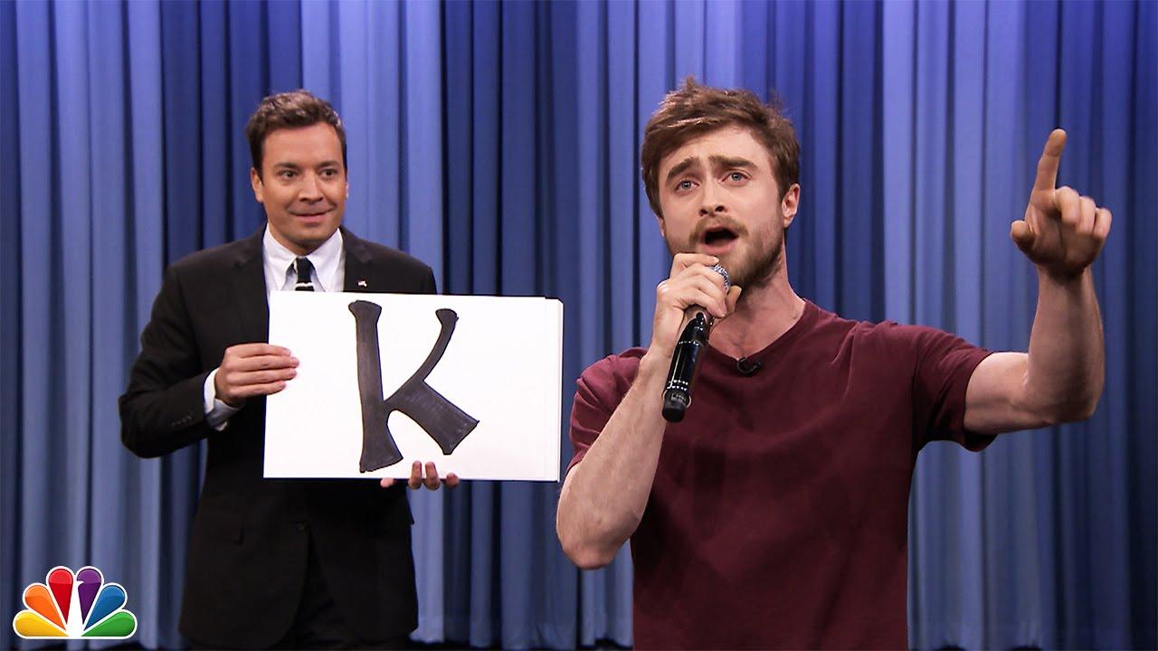 Daniel Radcliffe (Harry Potter) impressionnant rap par ordre alphabétique!