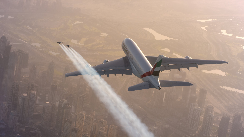 Des »Hommes Jet» volent aux Émirats arabes!